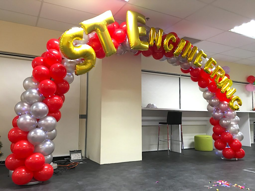 Balloon Arch for ST Engineering