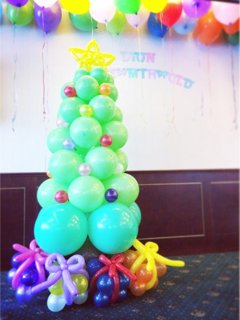 Balloon Christmas Tree Singapore