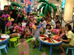 Balloon Workshop in Shopping Mall