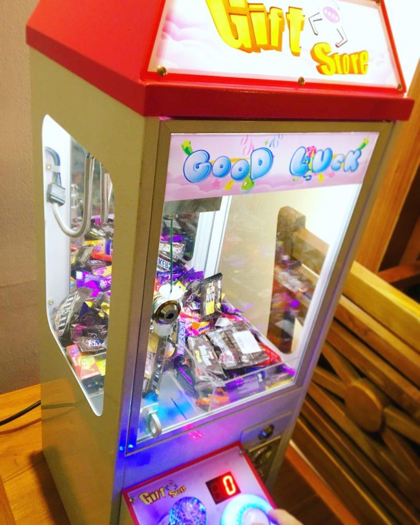 Candy Claw Catcher Rental