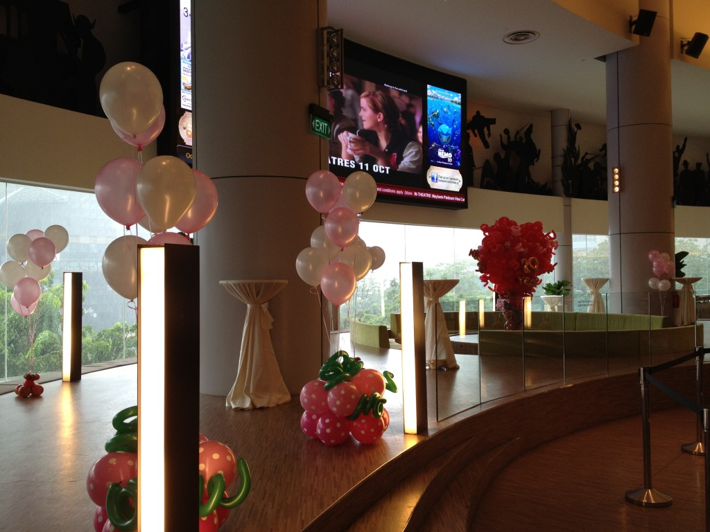 Price for birthday party at regal autos post for Helium balloon decoration