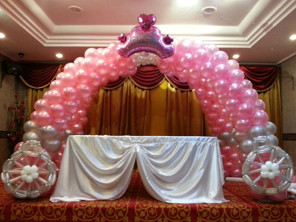 Singapore balloon carriage that balloons for Balloon decoration design
