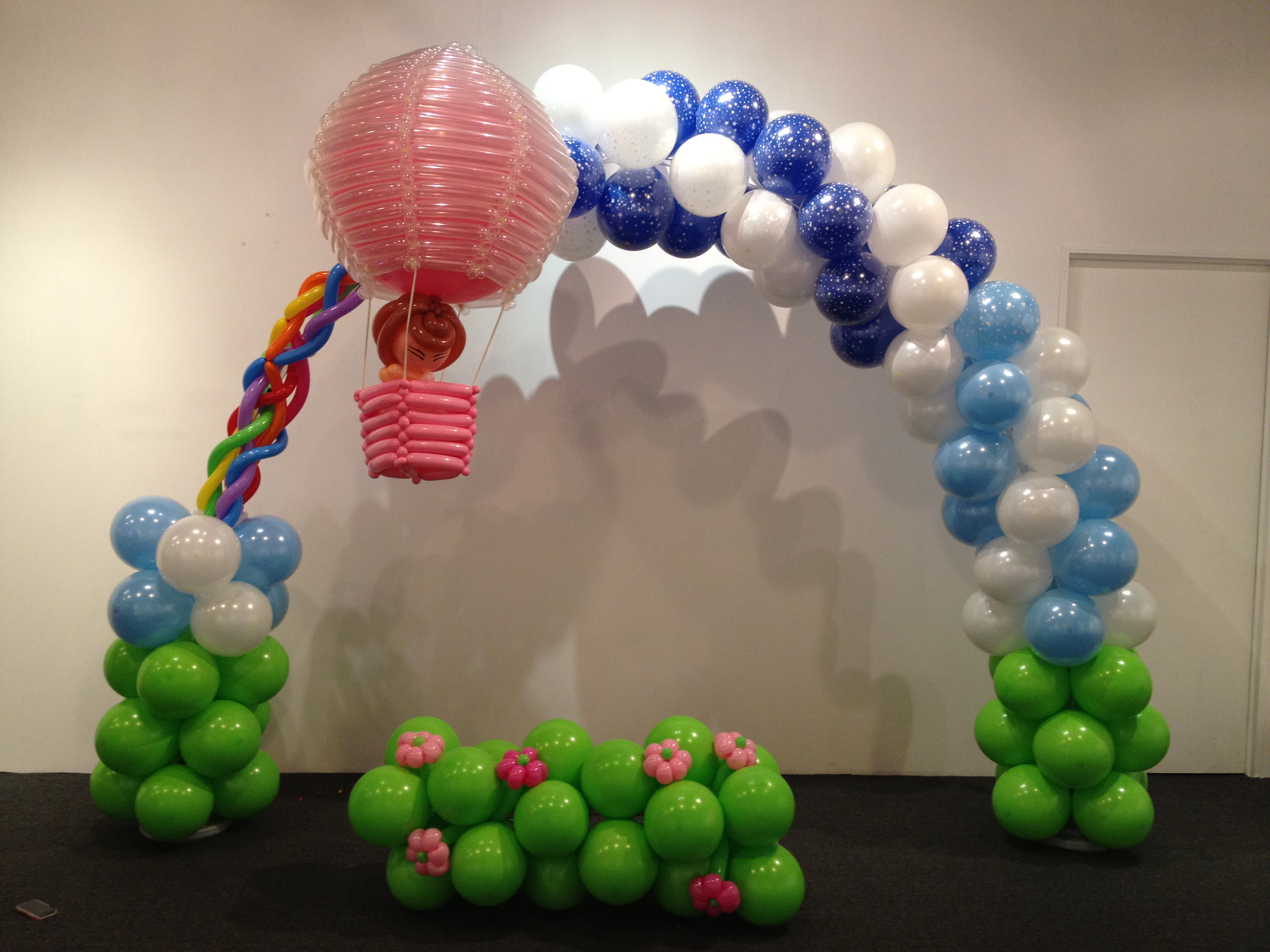 Balloon decoration singapore party favors ideas for Arch balloon decoration