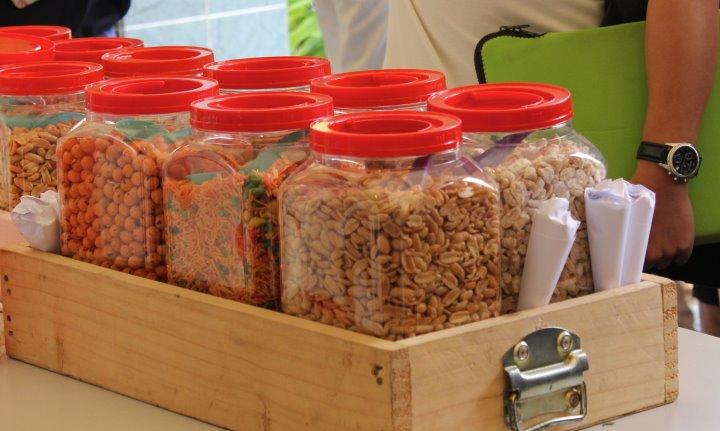 Singapore Kacang Puteh Stall