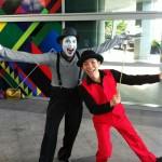 Singapore Mine Artist and Juggler
