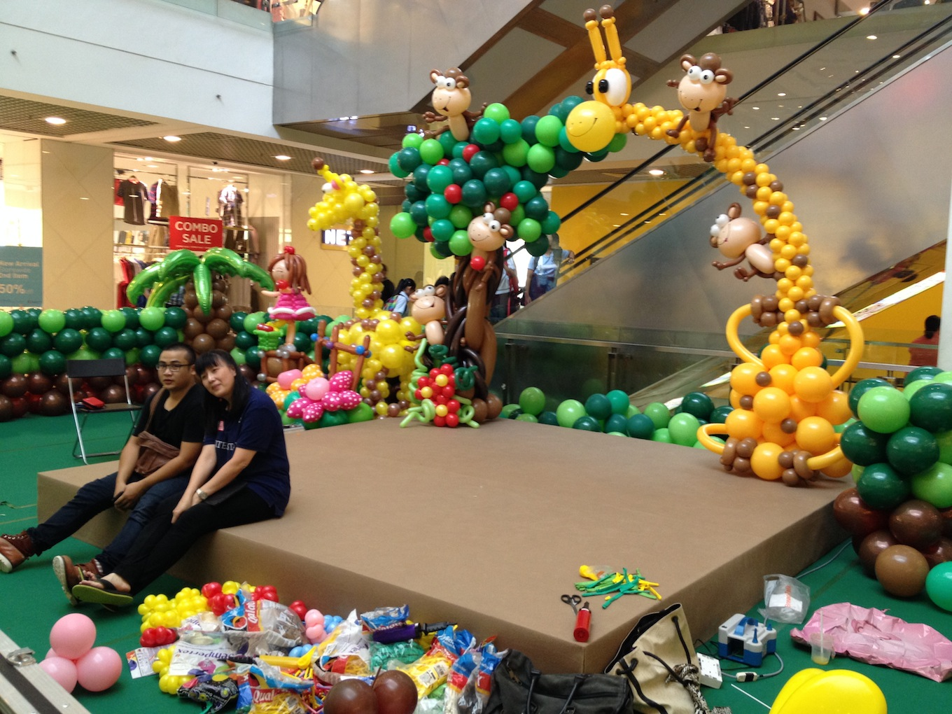 Balloon Animal Arch By Lily Tan That Balloons