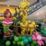 Balloon Giraffe by Jocelyn