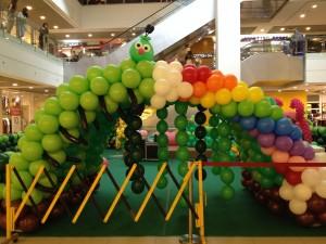 Balloon Tunnel by Kaden