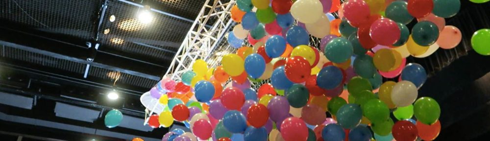 Balloons Drop Effect at Scape