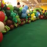 Garden Balloon Border