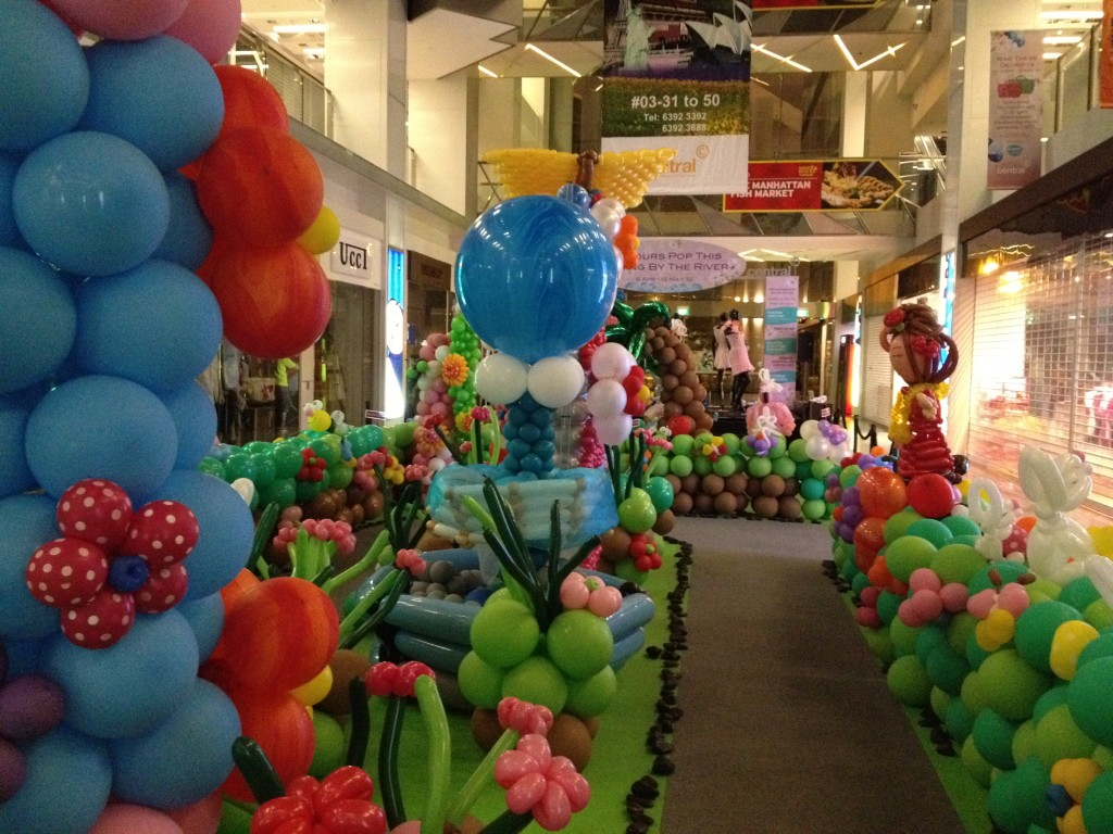 Balloon decoration singapore party favors ideas for Balloon decoration for parties