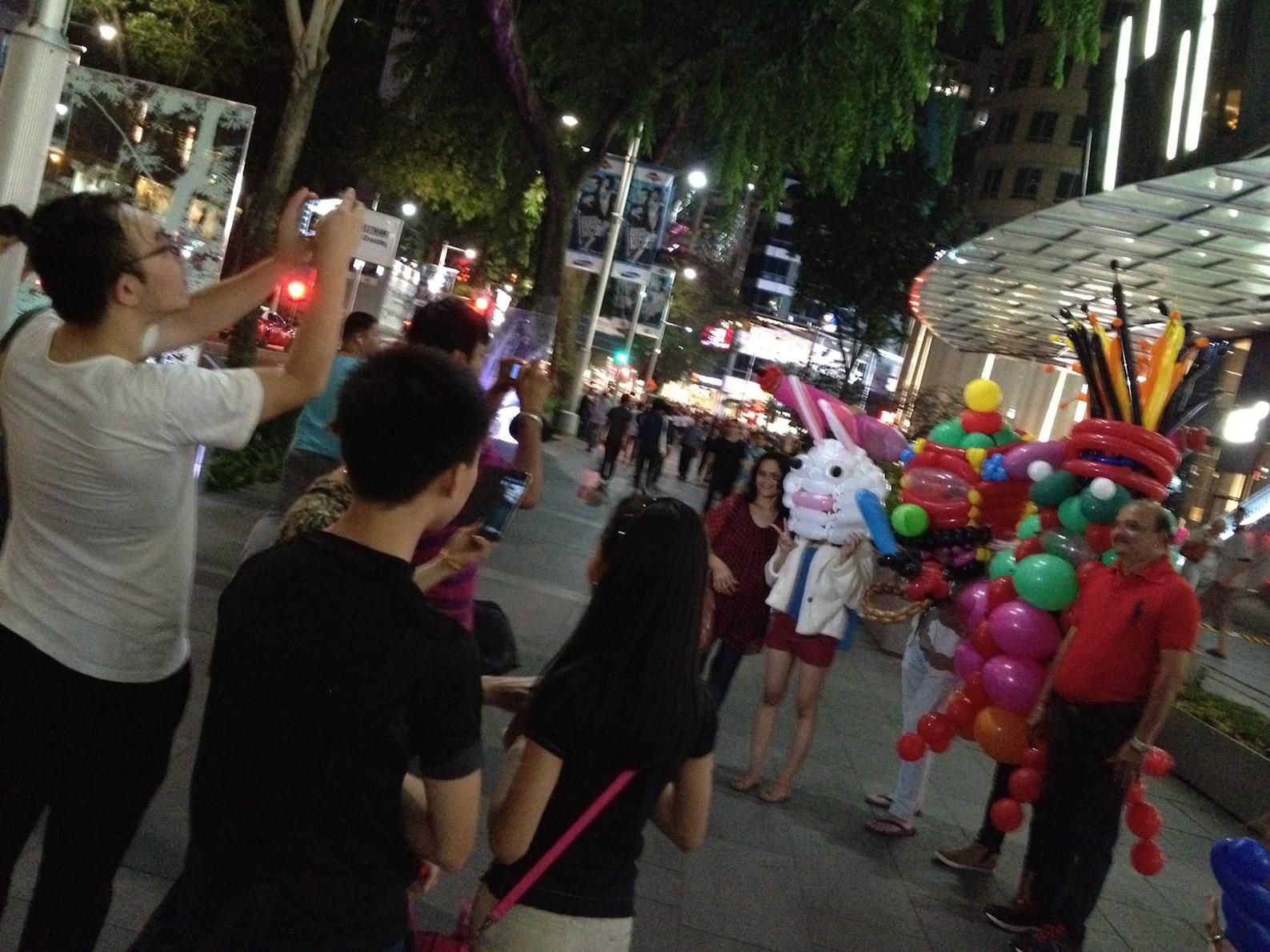 Singapore Roving Balloon Mascot