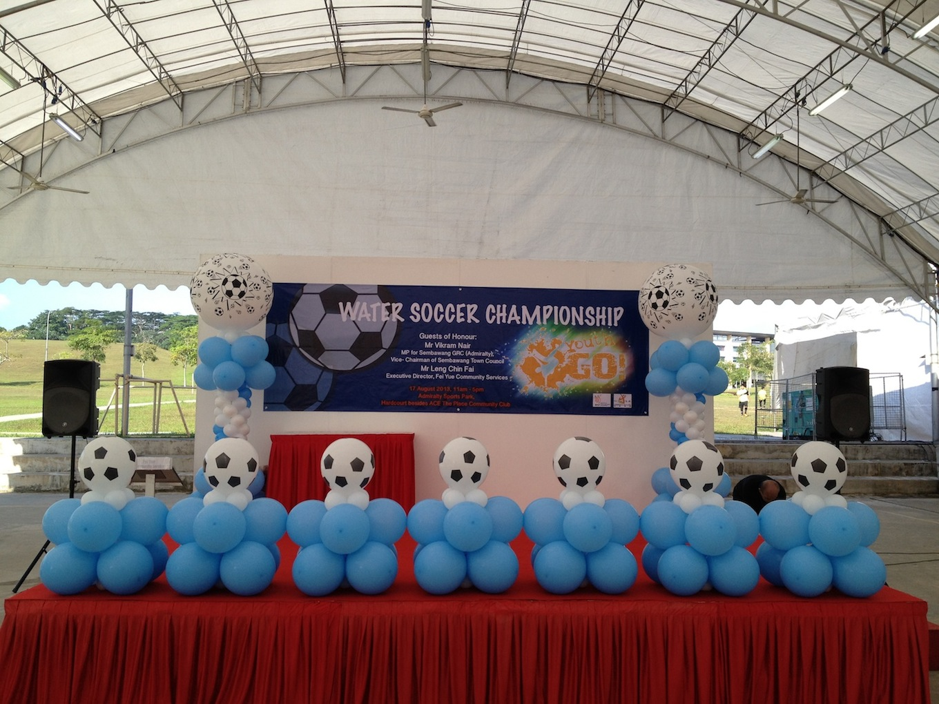 Soccer balloon decoration that balloons for Balloon decoration for stage