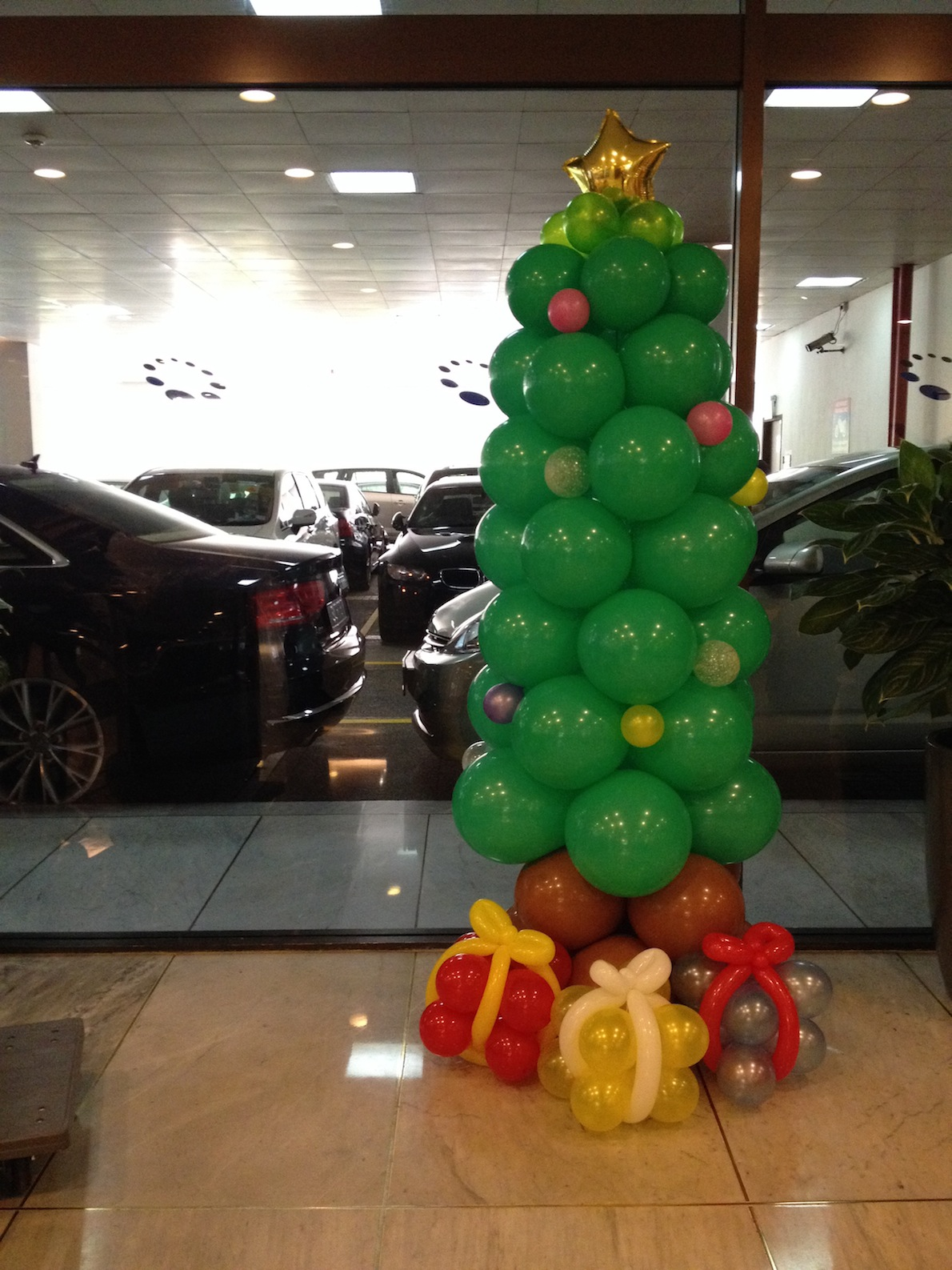 Why do we have christmas decorations on a tree - We Still Have Some Slots Available During December 2014 Do Make Your Bookings With Us Today Christmas Tree