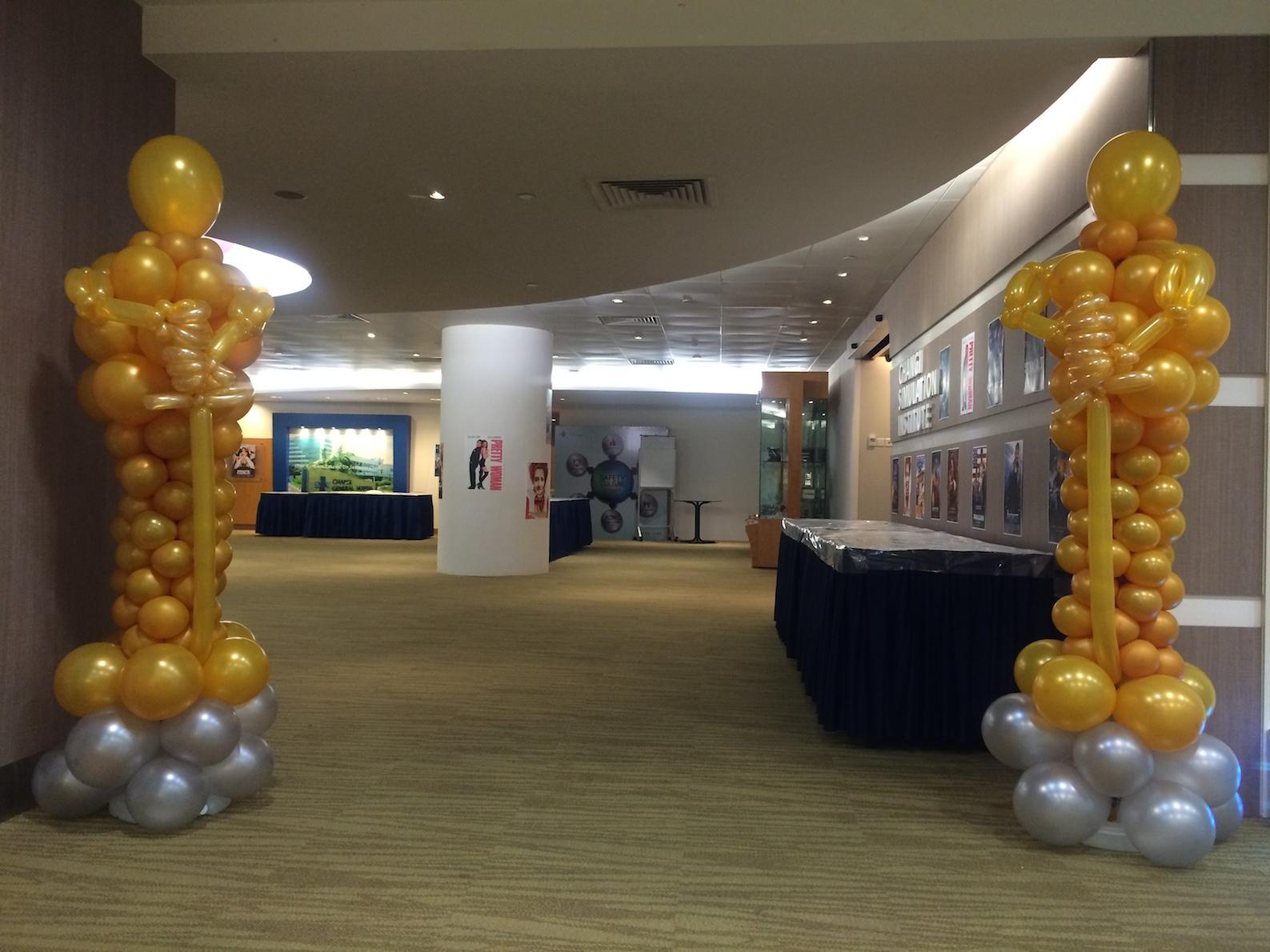 Oscar Award Balloon Sculpture