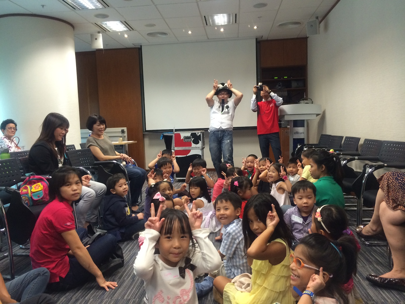 Children Magician Singapore Mr Rabbit