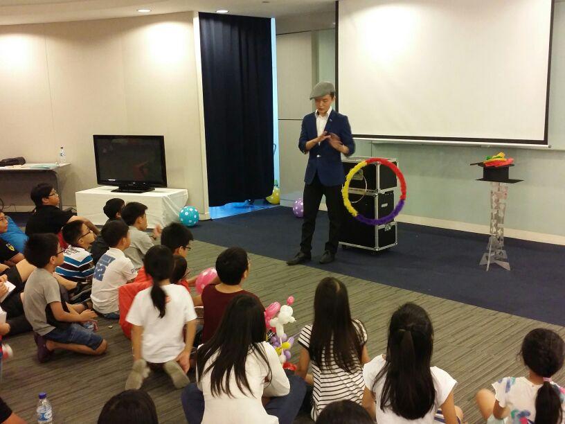 Singapore Magician Kaden Tan