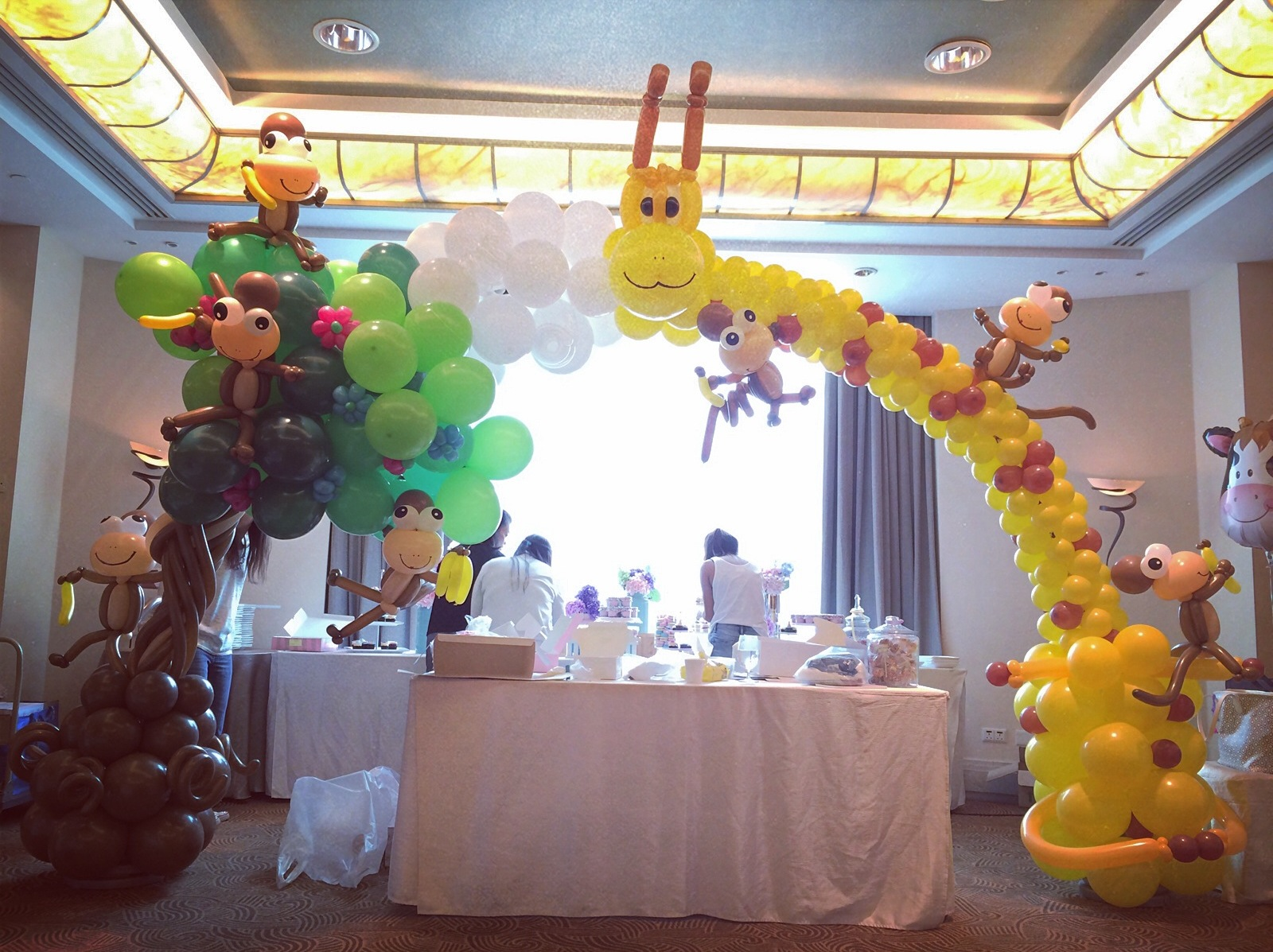 That balloons archives page 3 of 13 that balloonsthat for Balloon arch decoration ideas