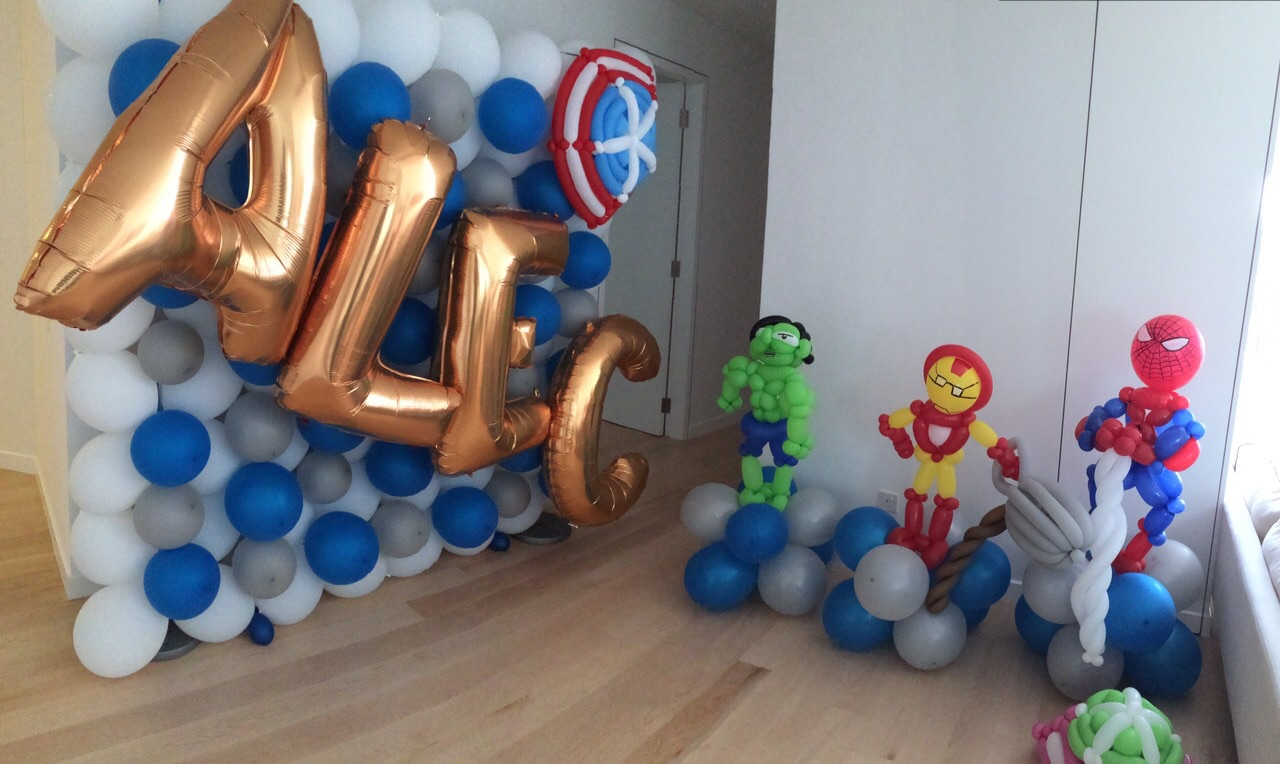 Balloon Superhero Decorations
