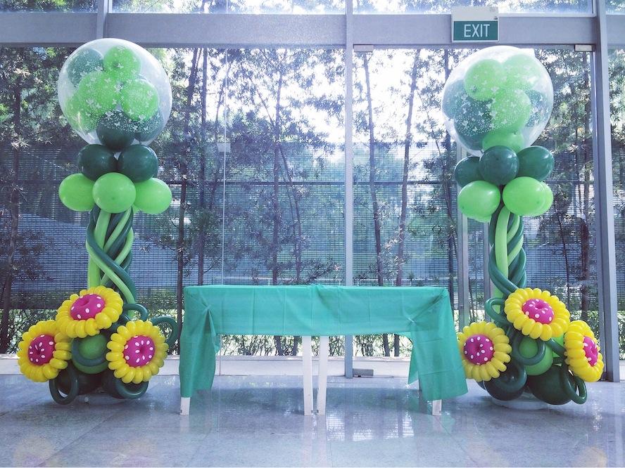 Flower Balloon Pillars