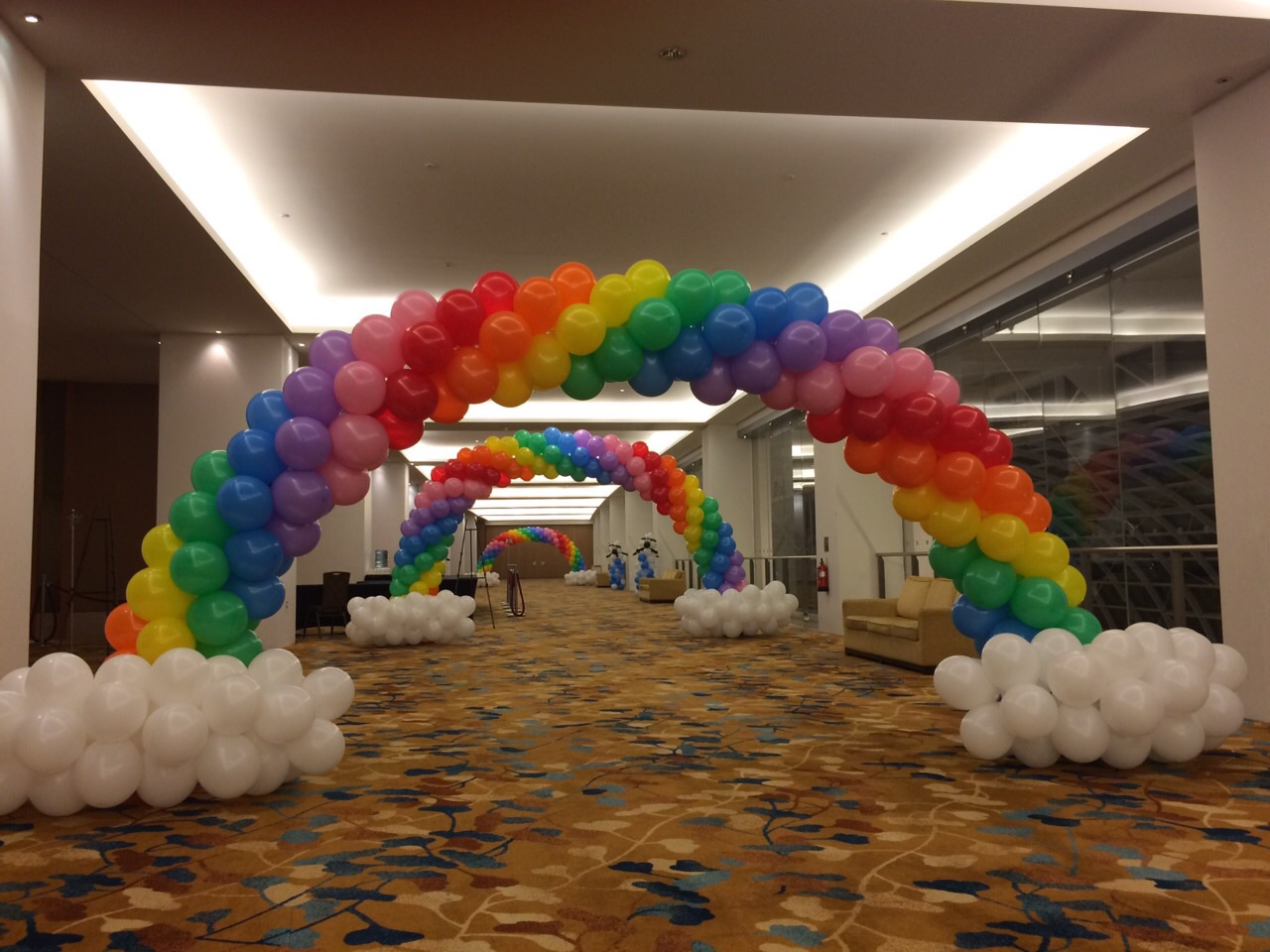 New creation church balloon decorations that balloons for Balloon decoration arches