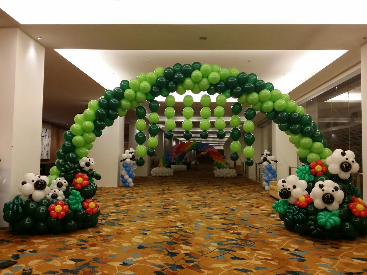 Balloon Sheep Arch Esign That Balloons