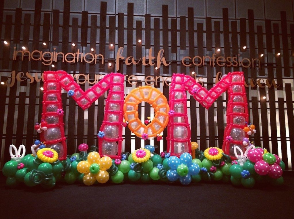 Balloon Decorations for Mother Day Singapore