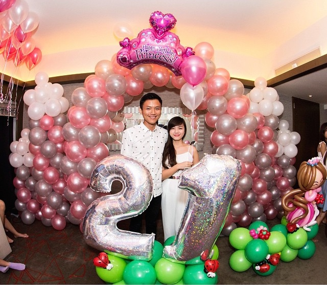 Balloon decorations in singapore that balloons for Birthday balloon ideas