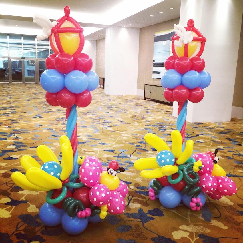 Balloon Lamp Post