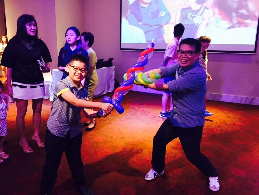 Kids Balloon Sculpting Service