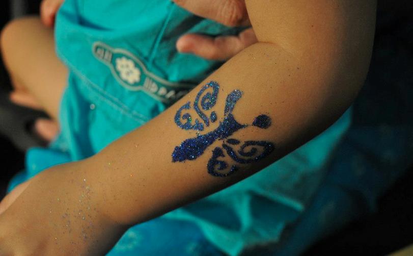Singapore-Glitter-Tattoo-Service (1)