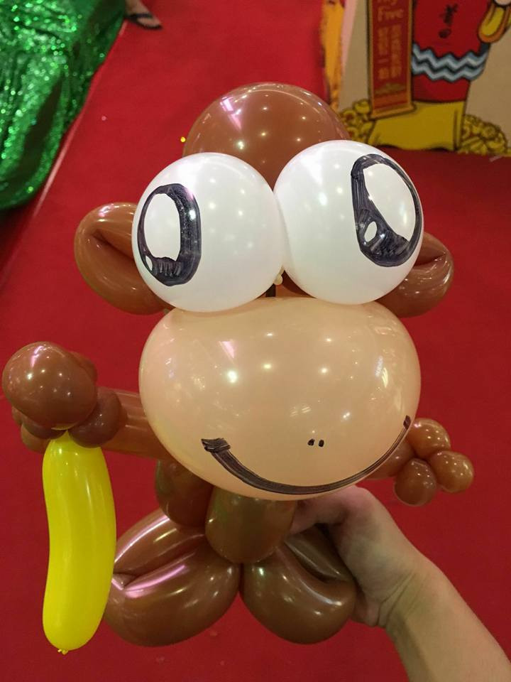 monkey balloon sculpture