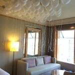 helium balloons deco on ceiling