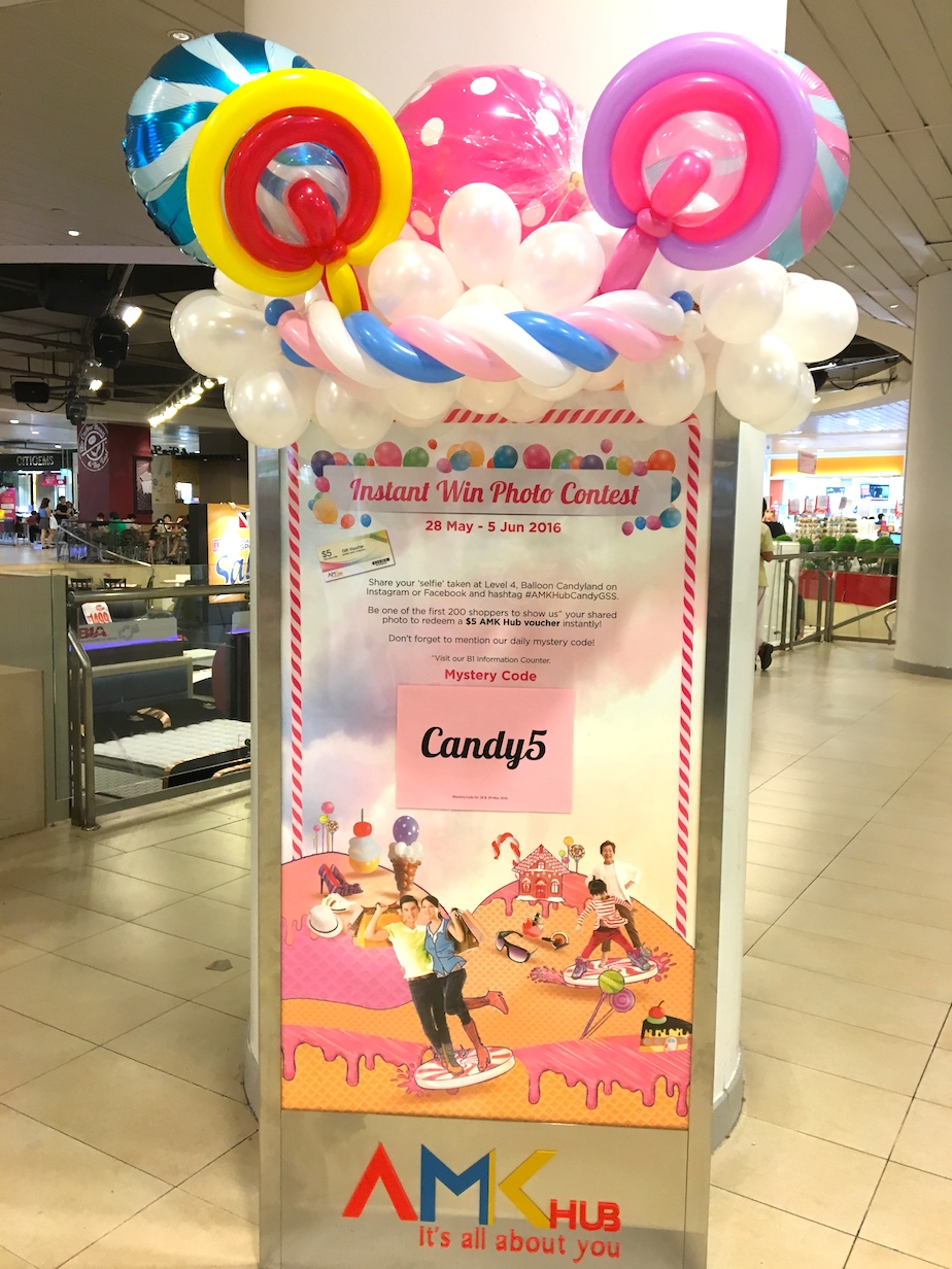 Balloon decorations for banner stand that balloons for Balloon banner decoration