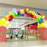 Balloon popcorn and candies arch