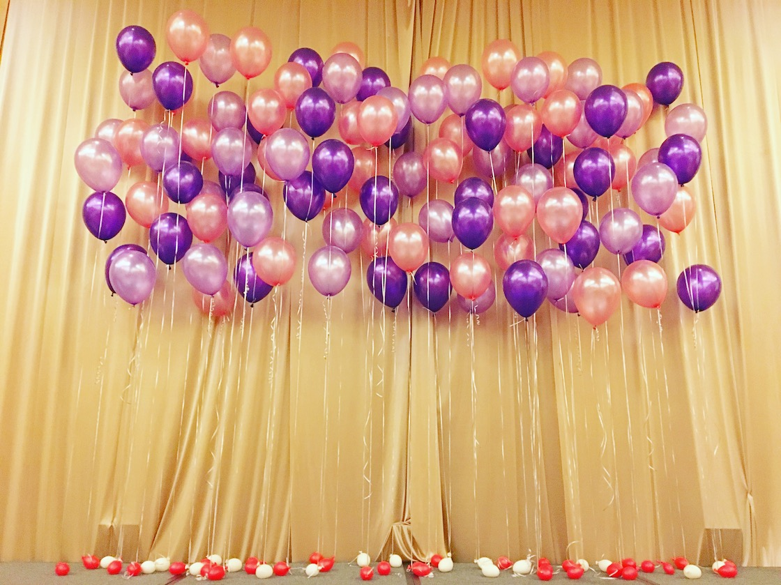 Helium balloon stage backdrop that balloons for Balloon decoration for stage
