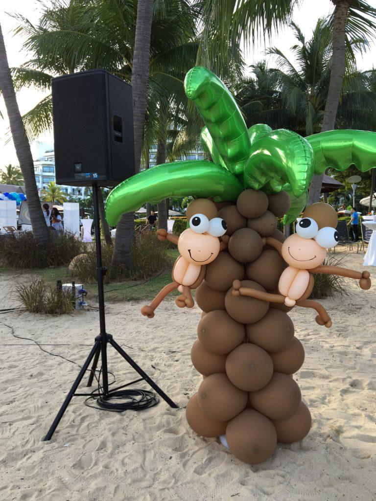balloon-palm-tree-singapore