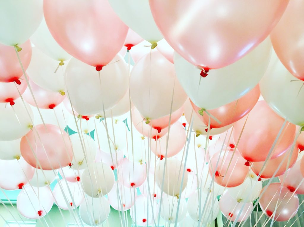 pink-and-white-helium-balloons-for-sale