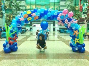 Balloon Underwater Arch Singapore