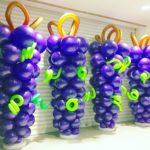 giant-balloon-grape-sculpture
