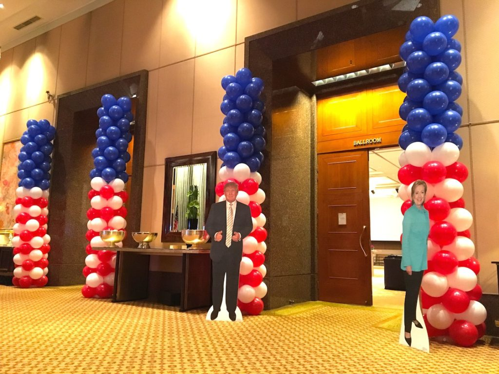 balloon-columns-for-embassy-of-the-united-states