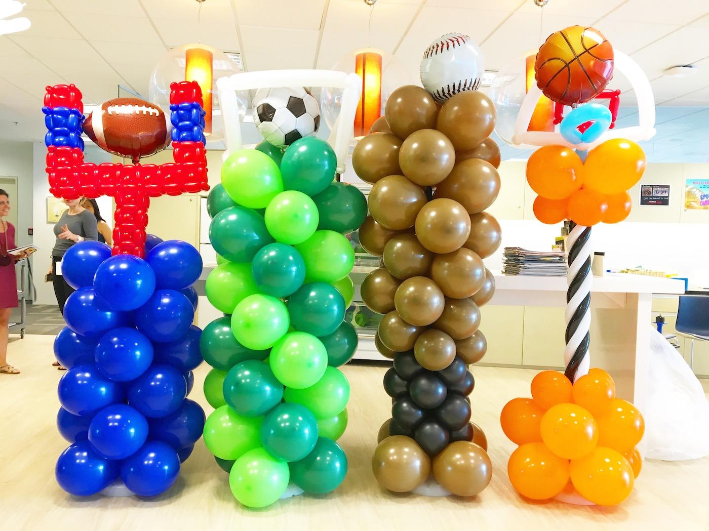 Sports theme balloon columns that balloons