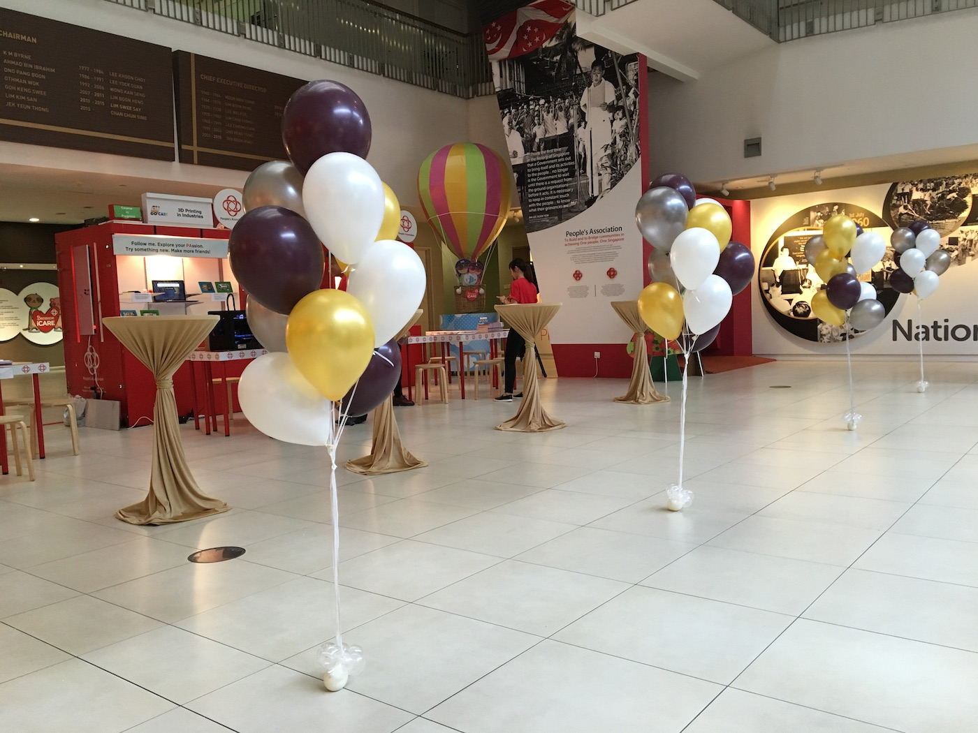 Helium balloons bundles decoration that balloons for Balloon decoration ideas no helium