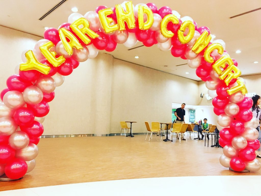 red-and-silver-balloon-arch