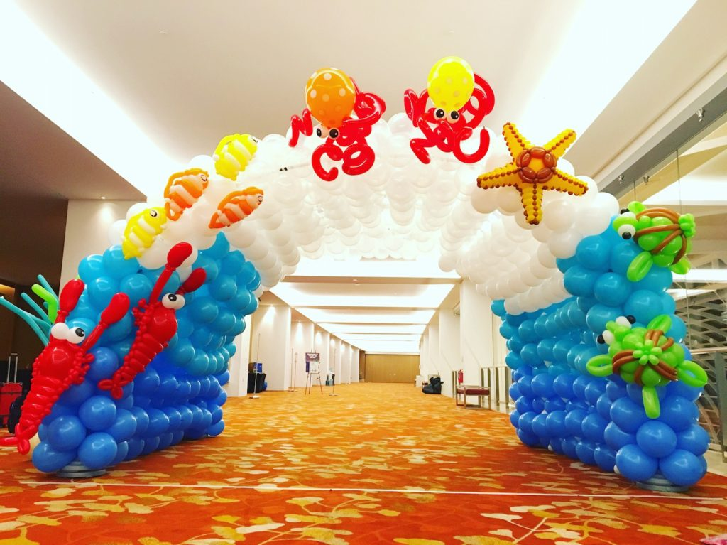 Forget the balloon arch letu0027s make a