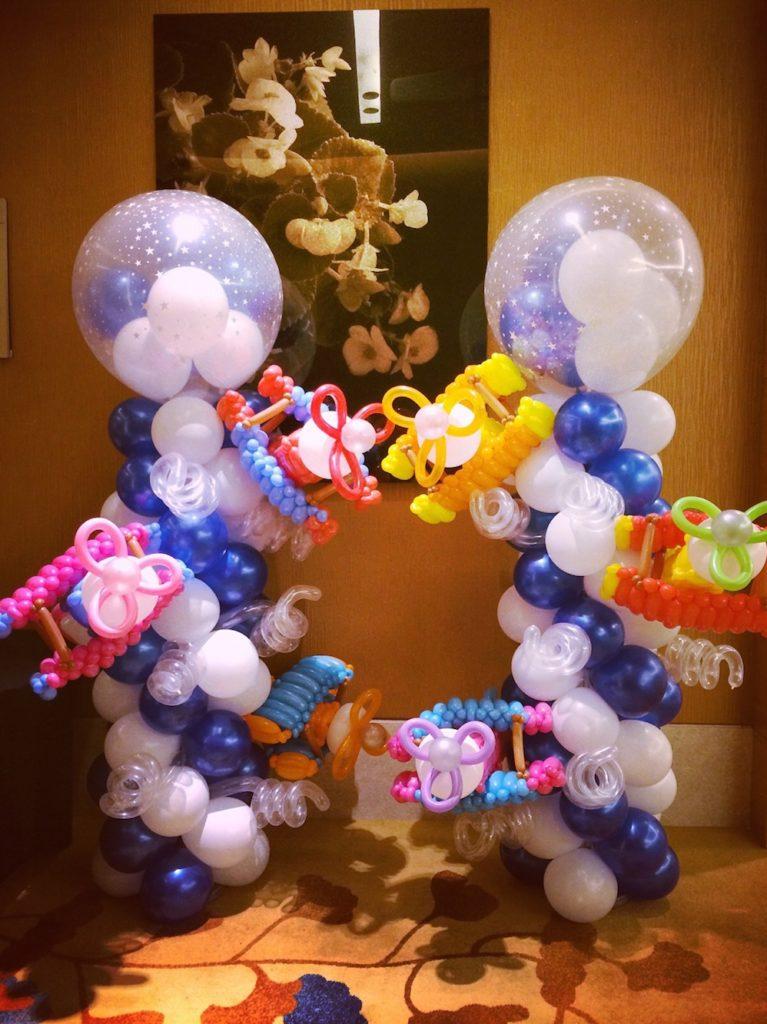 Balloon Aeroplane Column