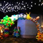 Balloon Giraffe and Tree Arch