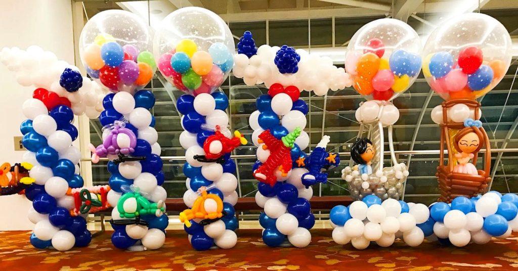 Aeroplane balloon columns