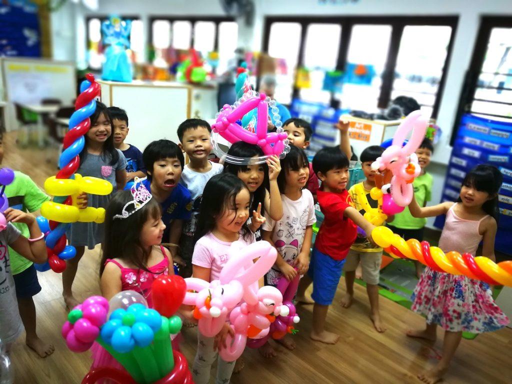 Singapore Balloon Scupting Service