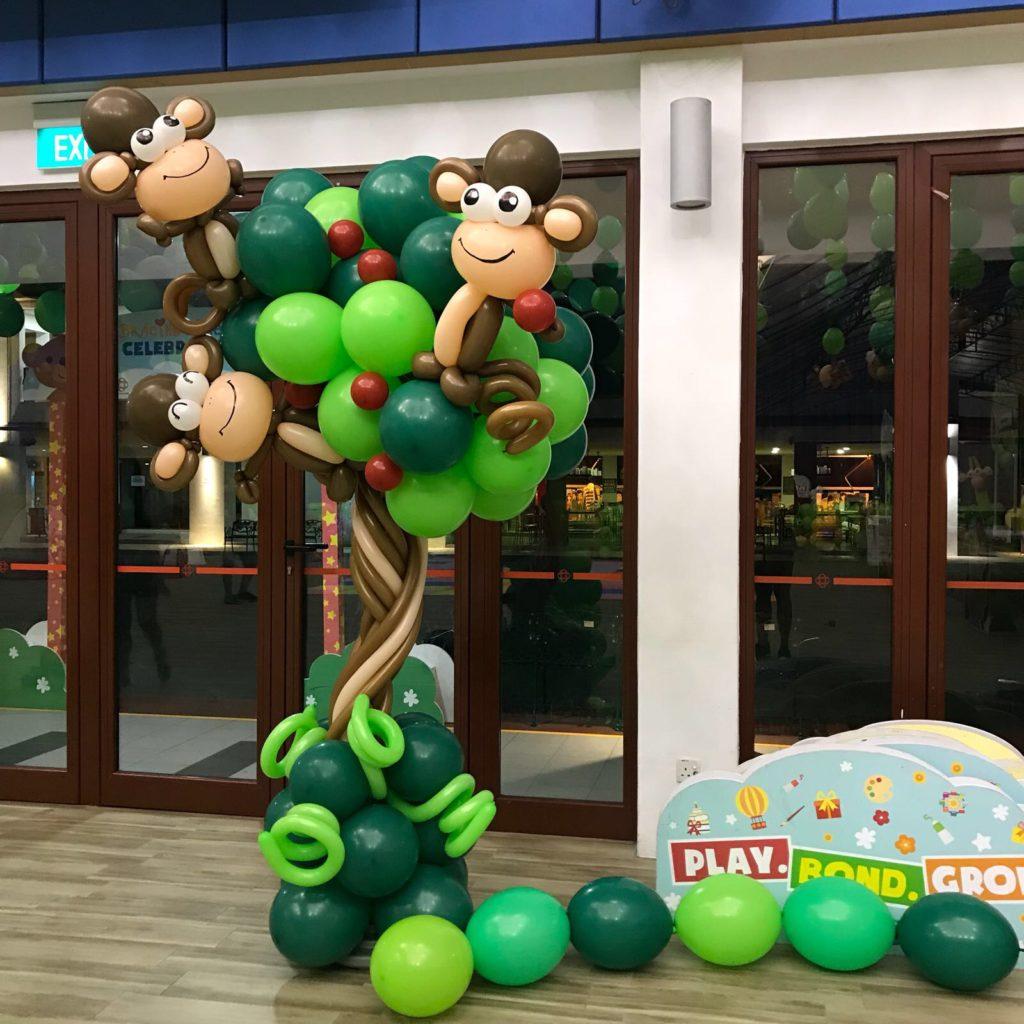 Monkey on Tree Balloon Decoration